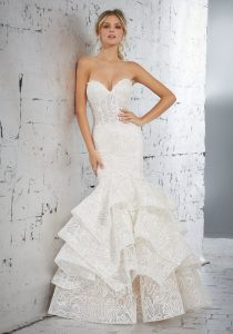 Ruffles-outdoor-wedding-dress-mermaid