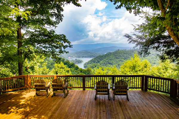 Deck for Eloping in Tennessee